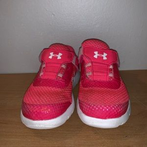 Under Armour Baby Girl Toddler size 7 Sneakers